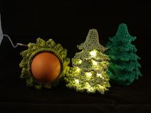weihnachtsbaum mit licht eierw rmer deko weihnachten. Black Bedroom Furniture Sets. Home Design Ideas