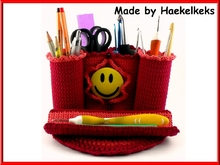 Pencil case -- free crochet pattern by Haekelkeks -- english version