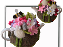 Cosmos and Dandelion and Mouse Tea Cosy