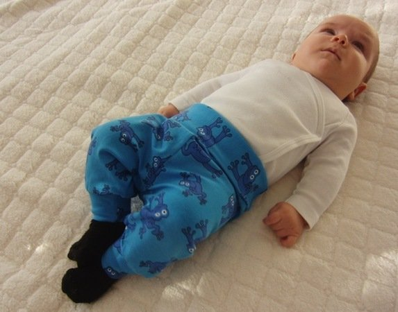 Maxi newborn baggy pants - PDF sewing pattern - , Sizes 50-74 / 1 – 12 months