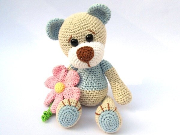 Teddy with Flower Amigurumi Crochet Pattern