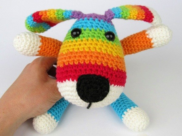 Amigurumi Pug Dog Pattern : Rainbow Puppy Amigurumi Crochet Pattern