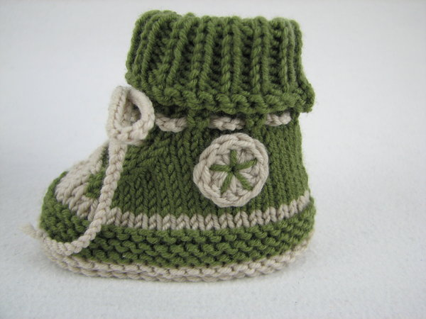 Knitting Patterns Free New Zealand : Baby shoes /// baby boots -- knitting pattern