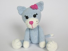Kitty Ela Amigurumi Crochet Pattern