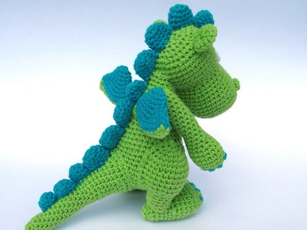 Crochet Amigurumi Dragon : Draco amigurumi crochet pattern
