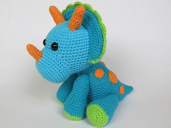 Amigurumi Dinosaur Free Crochet Patterns | 450x600