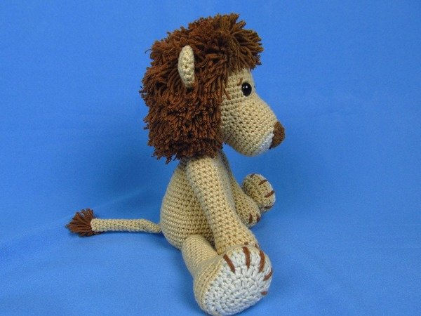 Amigurumi Lion Crochet Pattern : My friend lion leo amigurumi crochet pattern
