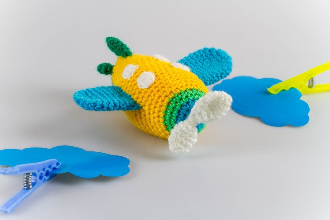 Crochet a Free Toy Airplane Pattern What to Crochet for the New Year | 450x675