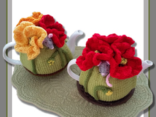 Poppy Field Mouse Tea Cosy