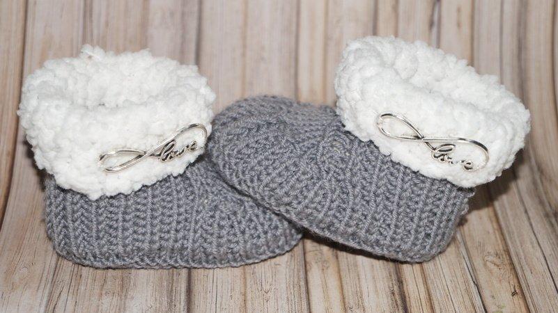 baby stiefel stricken mit merino wolle. Black Bedroom Furniture Sets. Home Design Ideas