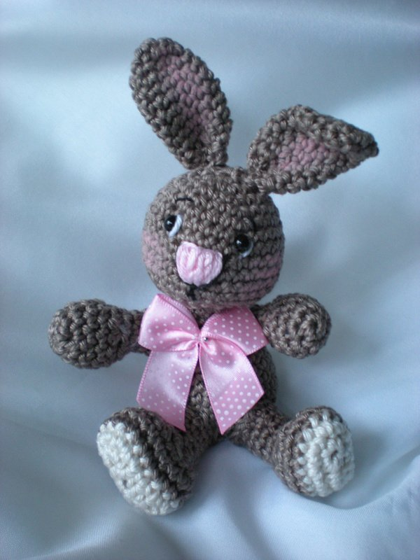 Easter Crochet Patterns For Beginners : Bunny Amigurumi Pattern, Easter Rabbit Crochet Pattern