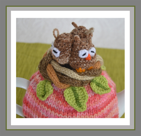 Owls in a Nest Tea Cosy