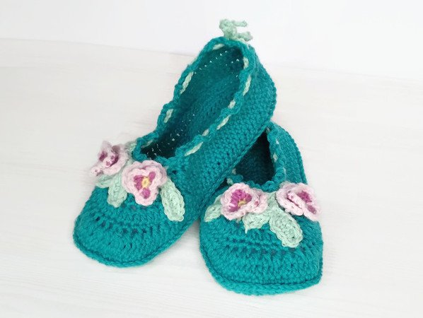 Crochet Pattern Viola Slippers Sizes Us Women 3/4 - 10.5/11