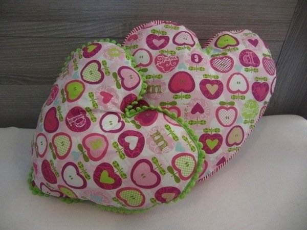 Valentines Day heart-shaped cushion / heart pillow
