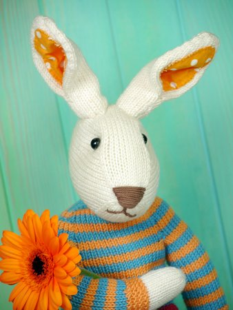 Easter Bunny Julius knitting pattern