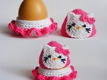 Crochet Hello Kitty egg cozy, egg holder