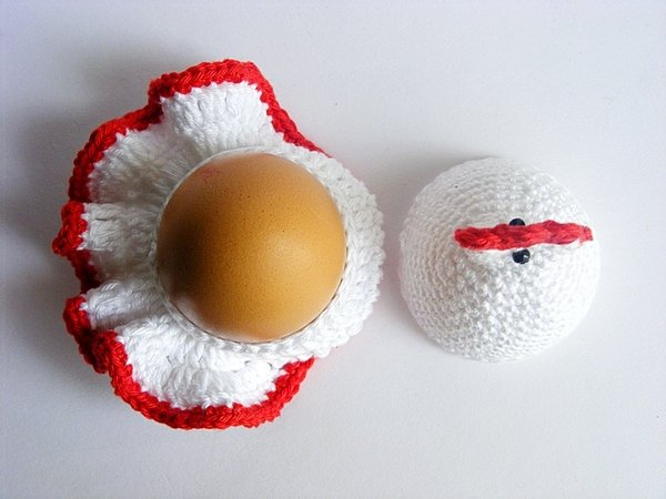 Crochet Hen egg cozy, egg holder