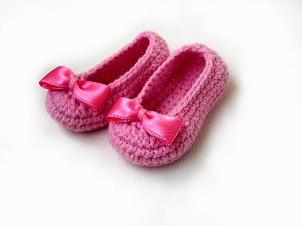 Crochet Baby Girl Boots Pattern : Baby Slippers Crochet Pattern, Baby Booties, Baby Girl Shoes