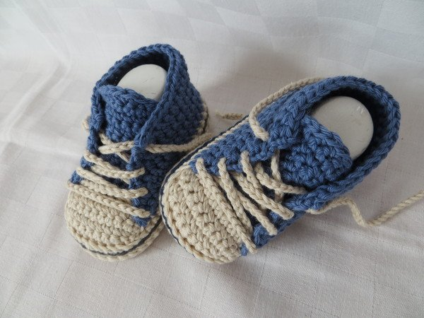 Babyschuhe häkeln // Turnschuhstyle // DIY