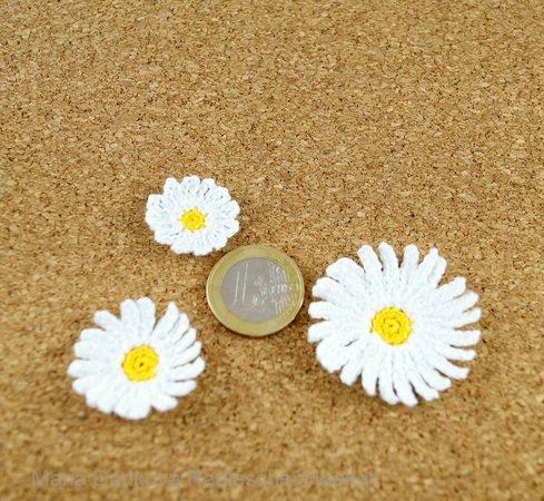 Gänseblümchen häkeln -- Streudeko mit Blume