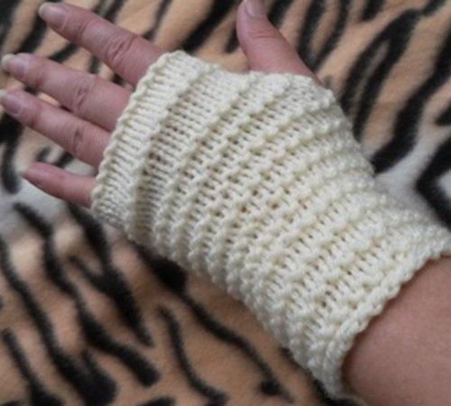 Strickanleitung Pulswärmer- fingerlose Handschuhe für Kinder und ...