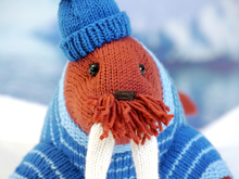Akiak the Walrus knitting pattern