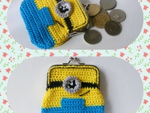 Crochet Minion coin purse pattern