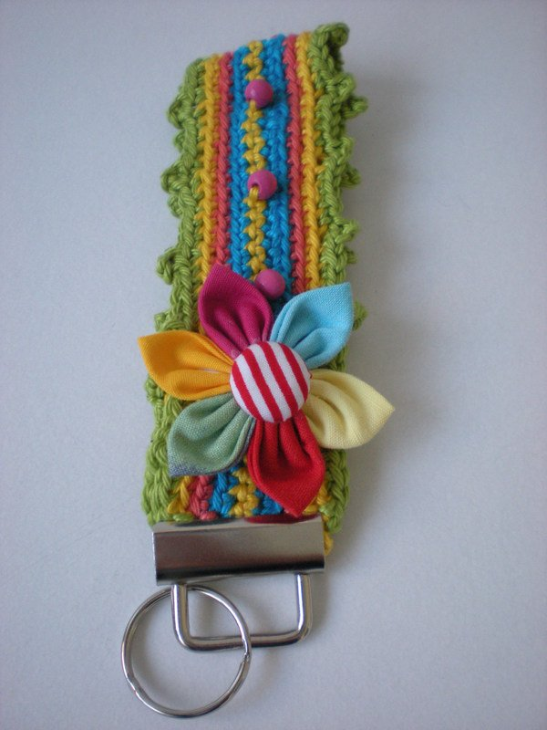 Crochet Patterns Keychain : These keychains are crocheted quickly. You can crochet them in your ...