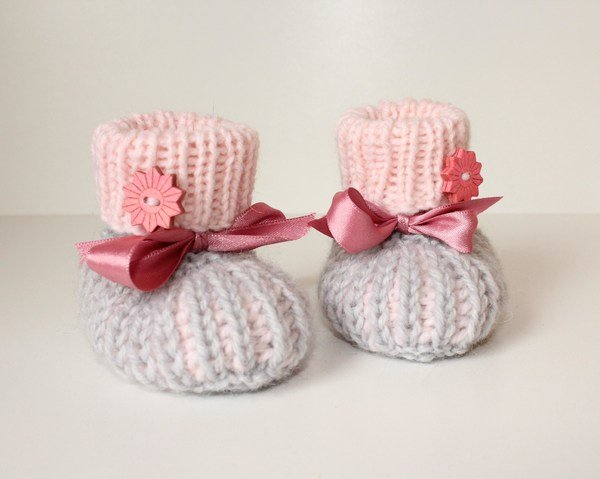 babyschuhe stricken booties halbpatent. Black Bedroom Furniture Sets. Home Design Ideas