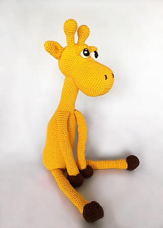 Giraffe amigurumi PDF crochet pattern in Dutch Deutsch or English