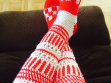crochet Canadian knee high slipper socks pattern, Women Size US 6 - 8, Euro 37-40, UK 4-6