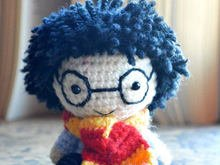 Harry Potter amigurumi crochet pattern. DIY handmade toy.