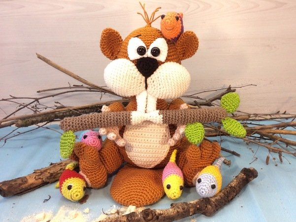Crochet Pattern Beaver - Little Beaver Hambi - English
