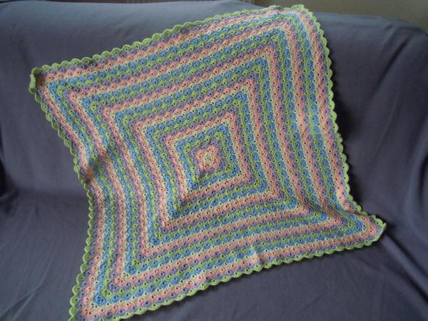 Crochet Pattern Baby Blanket Izzi Hooded In Shellfish Samples