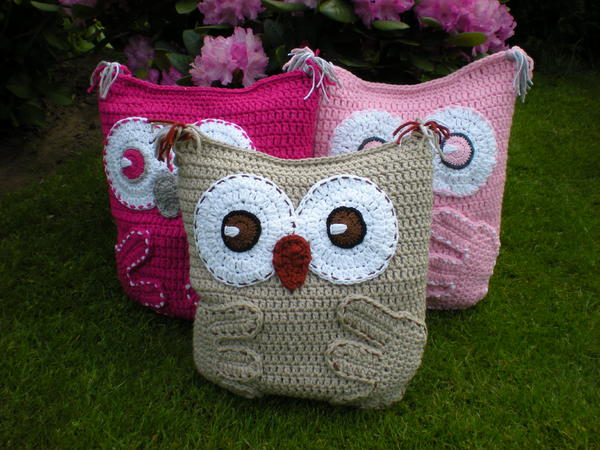 Free Crochet Owl Cushion Pillow Pattern : Owl Pillow Cushion Crochet Pattern