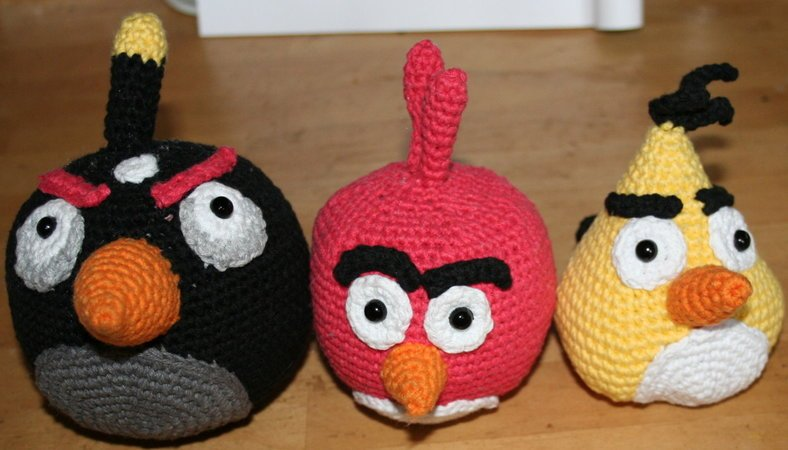 Angry Birds Schwaz Rot Gelb Bomb Red Chuck Eule Vogel Wie Angry