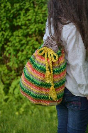 FUNNY STRIPES - Sommer Rucksack, toll für Wollreste, häkeln und ...