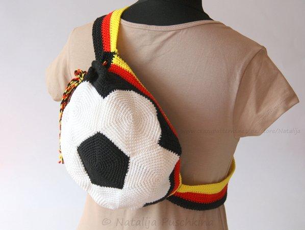 Fußball Rucksack / Sportbeutel - Häkelanleitung