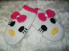 Crochet Girls Mitten Pattern - hello kitty