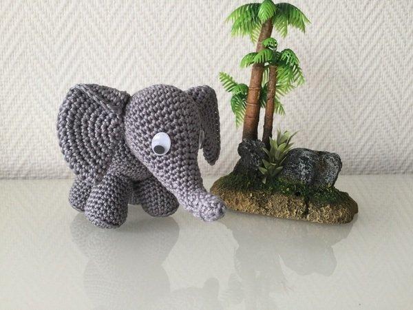 elefant h keln amigurumi deko h keln. Black Bedroom Furniture Sets. Home Design Ideas