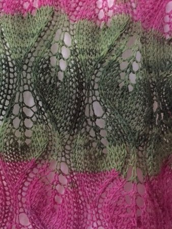 Lace Schal mit Blattmuster - Strickanleitung