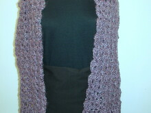 Double V Shell Scarf with Scalloped Edges