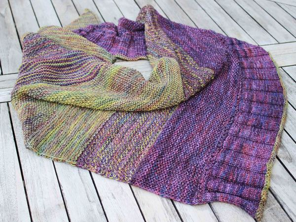 "Triangular Scarf ""Solveig"", knitting pattern, easy to knit"