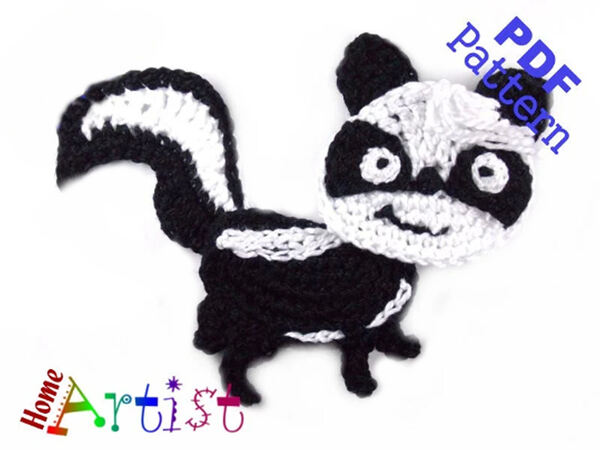 Skunk Crochet Applique Pattern