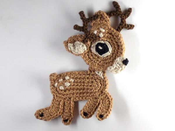 Reindeer Crochet Applique Pattern