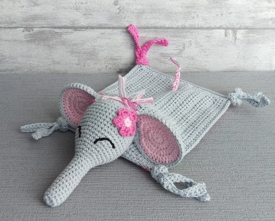 Elephant Blanket Knitting Pattern Free : Crochet Pattern Snuggly Blanket Elephant