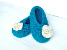 "Crochet Felted Slippers ""Paula"" - kids and teenie sizes"