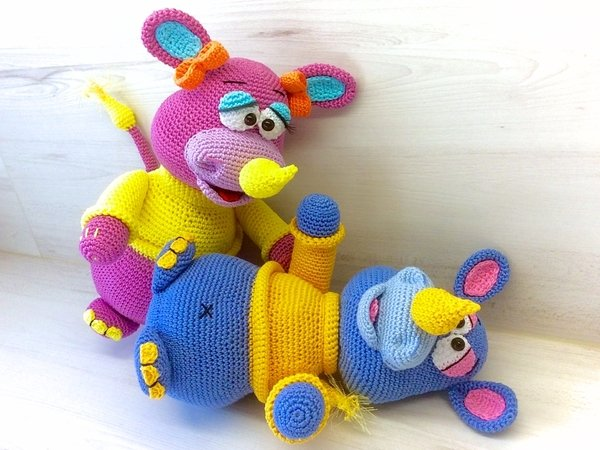 Rosa & Rhino - Crochet Pattern english