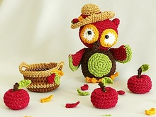 "Harvesting Owl ""Harriet"" Crochet Pattern"