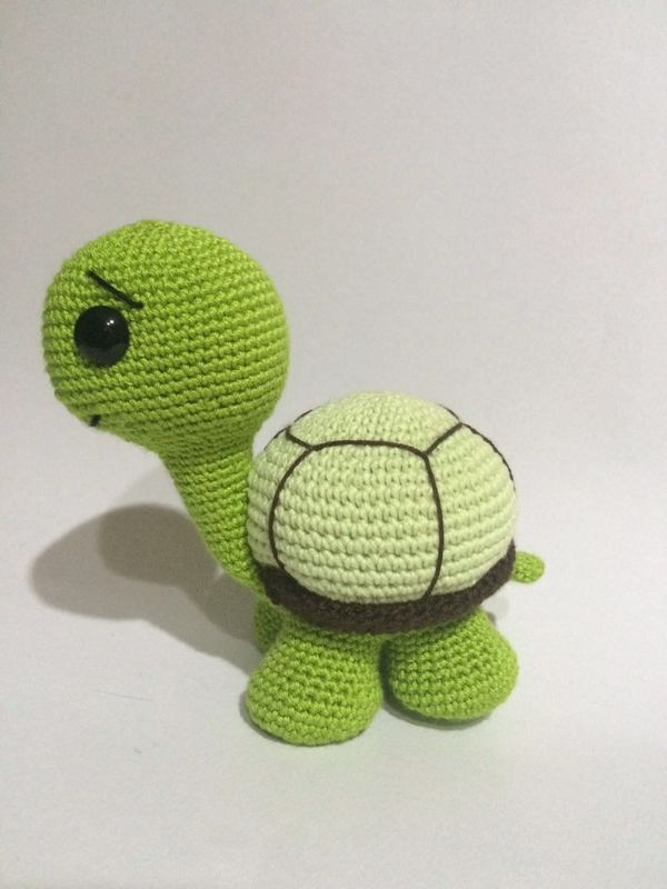 This is a crochet pattern cute turtle amigurumi - pdf file .